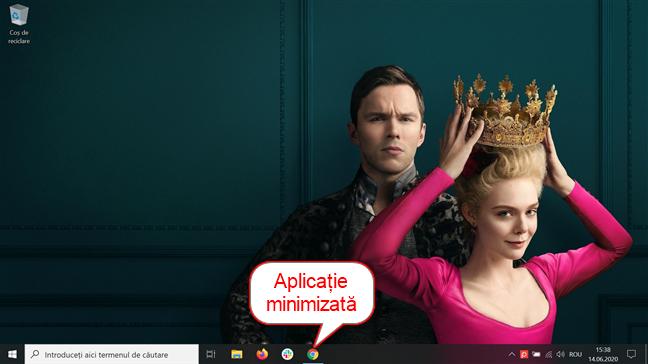 O fereastră minimizată de Google Chrome; pictograma ei apare pe bara de activități