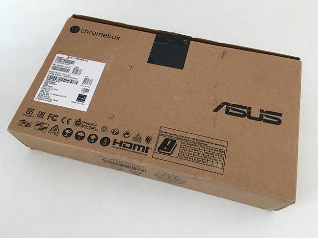 Partea inferioară a pachetului ASUS Chromebox 3