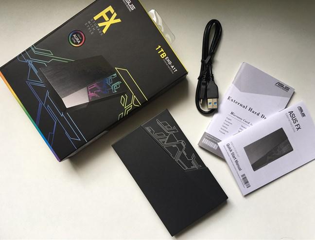 ASUS FX HDD - ce găsești în cutie
