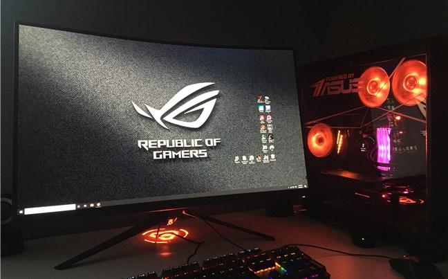 PC-ul nostru, realizat cu componente hardware de la ASUS, ADATA și AMD