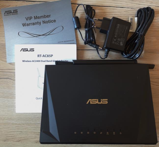 ASUS RT-AC85P - Ce găsești în cutie