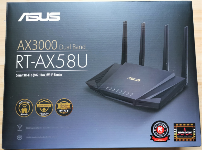 Cutia în care vine routerul ASUS RT-AX58U AX3000 dual-band