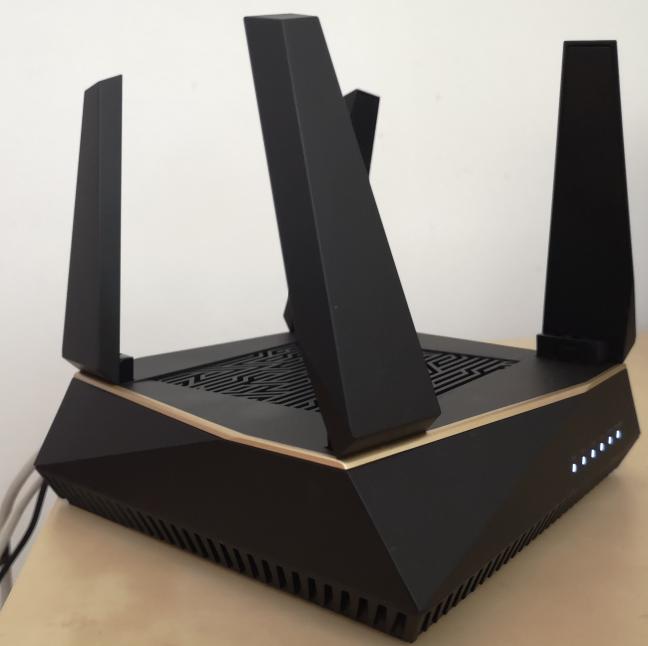 Sistemul ASUS RT-AX92U AX6100 AiMesh WiFi