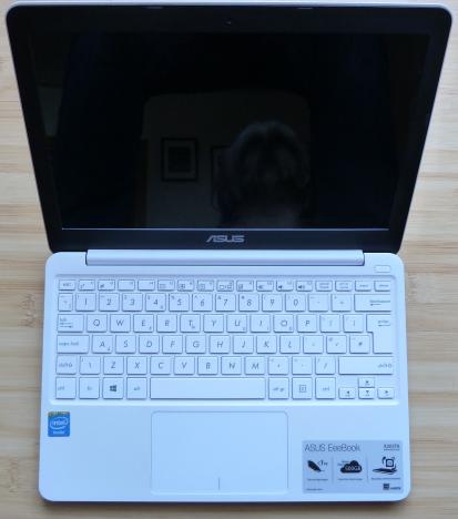 ASUS, EeeBook X205TA, netbook, review, performante, teste