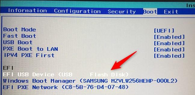 Mutarea unității flash USB la începutul listei de boot