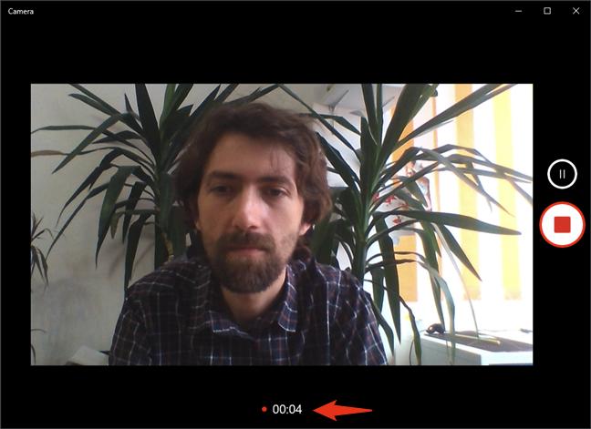 Înregistrare video cu camera web în Windows 10, folosind aplicația Cameră