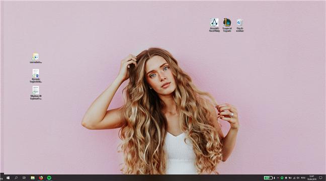 Desktop în Windows 10