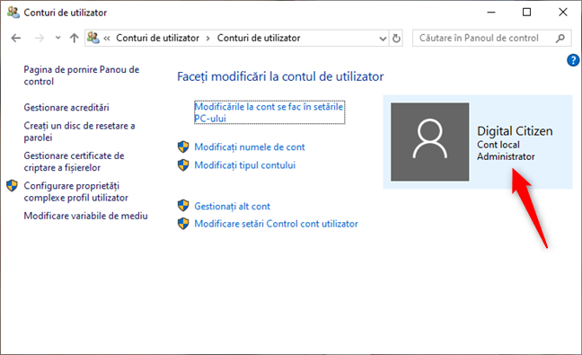 Panoul de control din Windows 10 îți arată că folosești un cont local