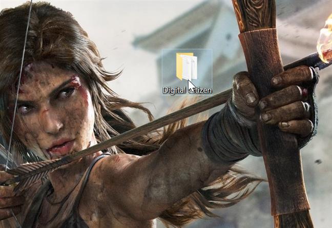 Mută cursorul deasupra unui folder și dă dublu-clic
