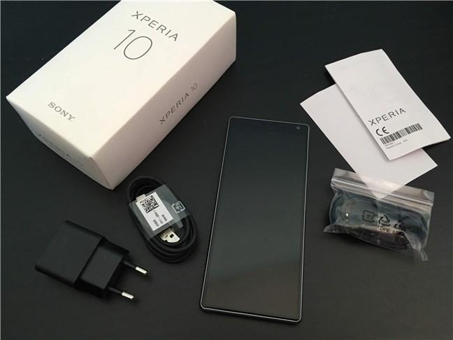 Sony Xperia 10: Conținutul cutiei