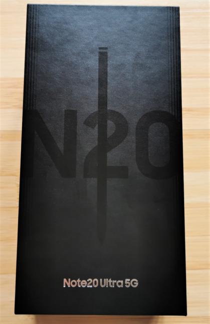 Cutia în care vine Samsung Galaxy Note20 Ultra 5G