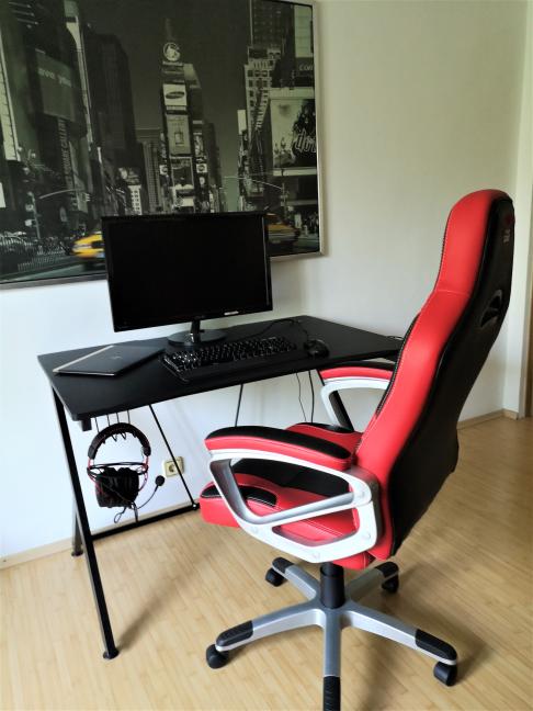 Biroul de gaming Trust GXT 711 Dominus