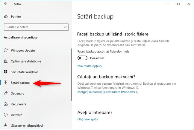 Setările pentru Istoric fișiere se găsesc în secțiunea <em>Setări backup</em>