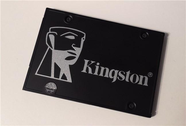 """Kingston KC600 1 TB 2.5"""" SATA SSD"""