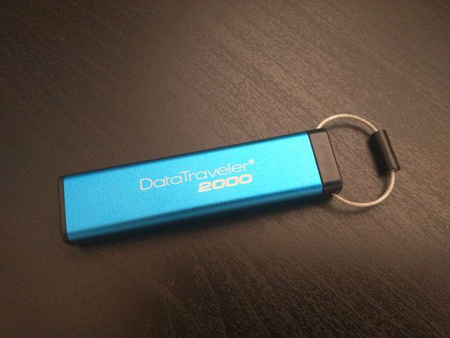 Kingston DataTraveler 2000, USB, stick, memorie, criptare, PIN, protectie