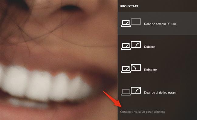 Conectați-vă la un ecran wireless