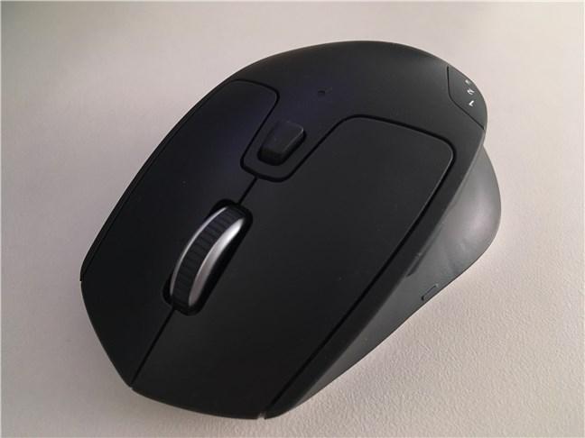 Butoanele de pe mouse-ul Triathlon Logitech M720