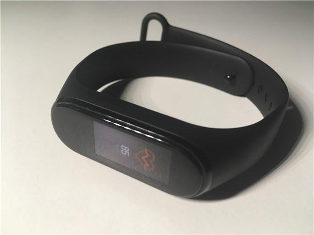 Xiaomi Mi Smart Band 4: Cum arată