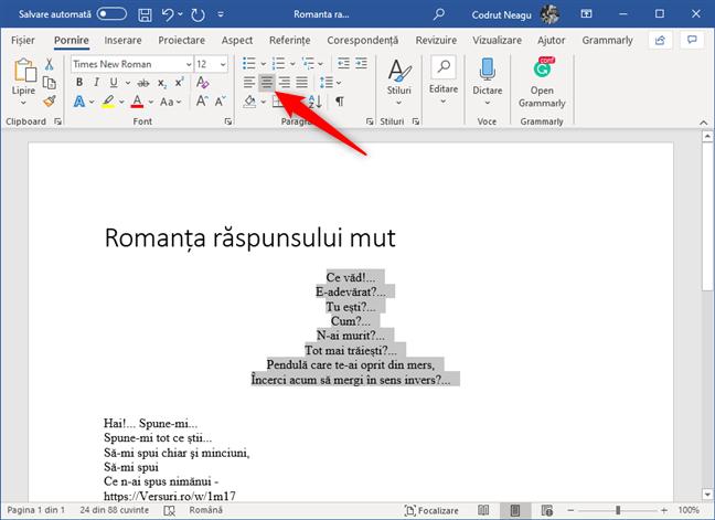 Butonul La centru din secțiunea Paragraf din Microsoft Word