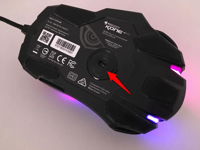 Senzorul optic de 12.000 DPI de pe mouse-ul ROCCAT Kone AIMO