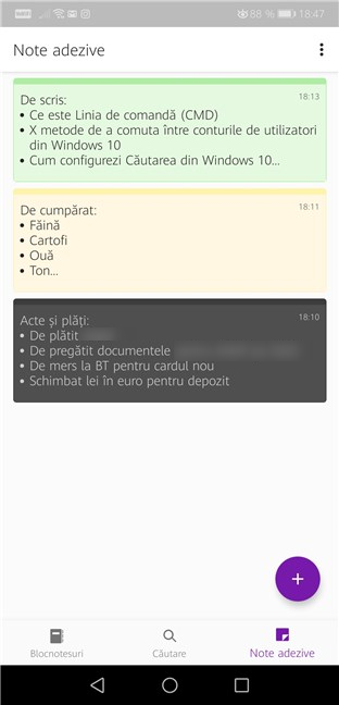 OneNote are o filă separată pentru Notele adezive