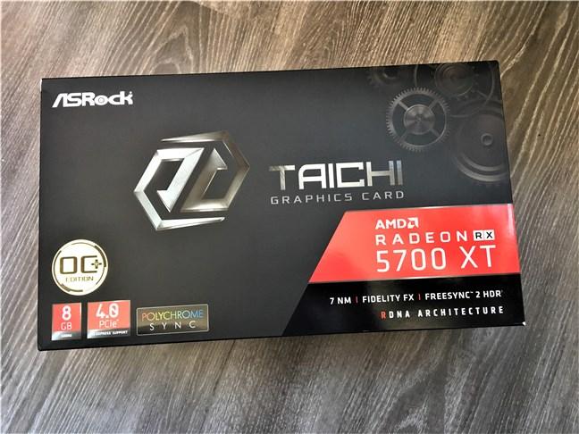 Ambalajul plăcii video ASRock Radeon RX 5700 XT Taichi X 8G OC+