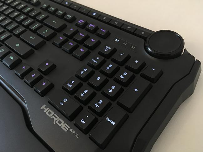 Rotița de ajustare de pe tastatura ROCCAT Horde AIMO