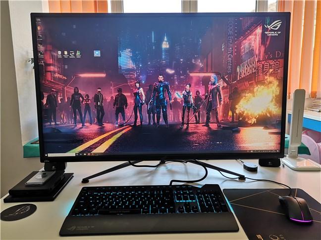 Monitorul de gaming ASUS ROG Swift PG43U