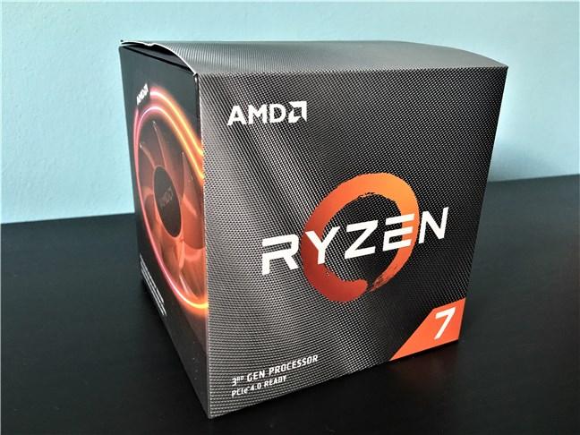 Pachetul AMD Ryzen 7 3700X