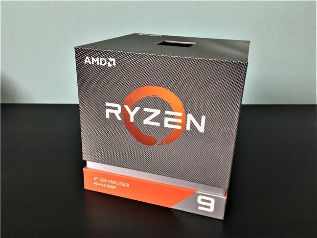 Ambalajul lui AMD Ryzen 9 3900X