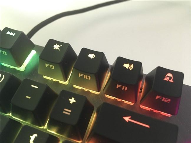 O parte din tastele multimedia și tasta Stealth F12