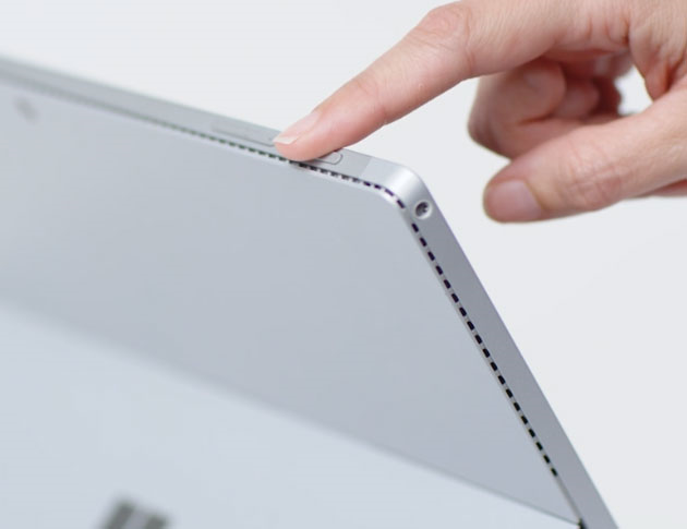 Apasă lung butonul de pornire/oprire, pe un dispozitiv cu ecran tactil și Windows 10
