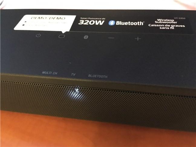 Butoanele de pe soundbar-ul Sony HT-S350
