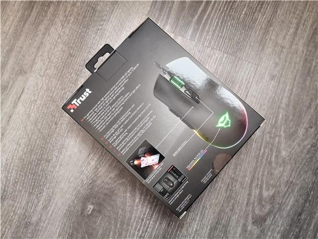 Trust GXT 900 Qudos gaming mouse: Spatele cutiei