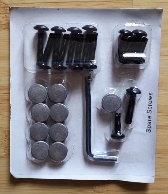 Trust GXT 705 Ryon - șuruburile și accesoriile pentru montaj