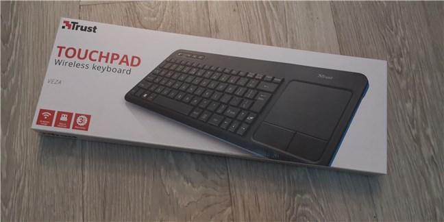 Tastatura wireless Trust Veza: Cutia