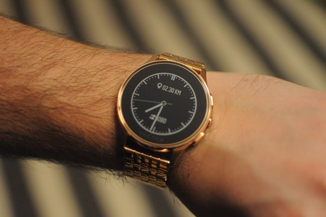 Vector Luna, smartwatch, Rose Gold, review, performante, aplicatii, baterie