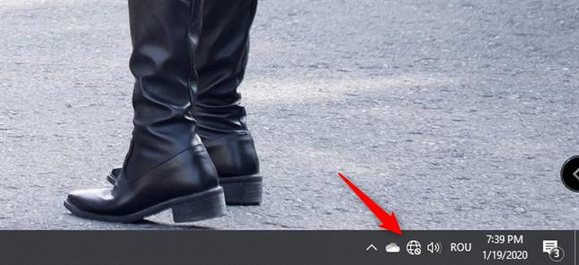 Pictograma de internet din zona de notificare din Windows 10