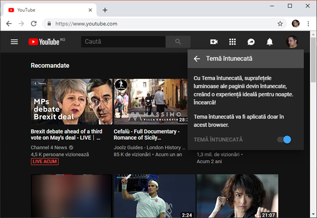Tema întunecată activată în YouTube pe un browser din Windows