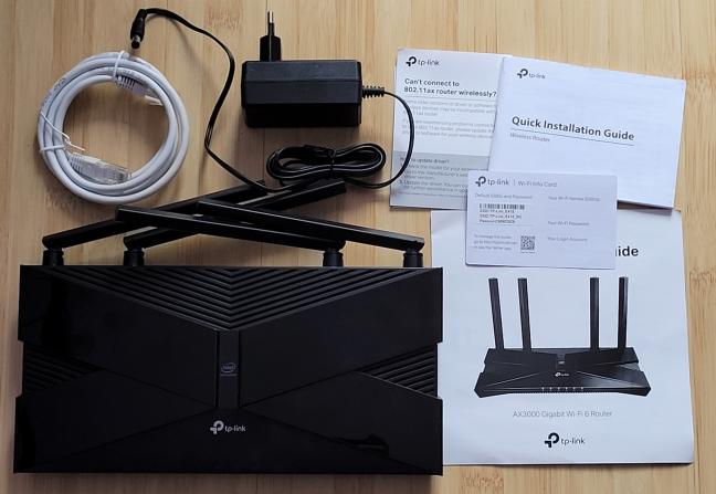 Despachetarea routerului TP-Link Archer AX50