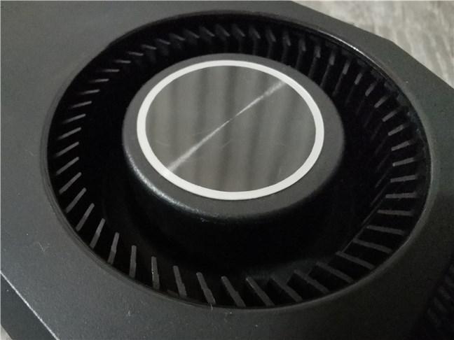 Ventilatorul blower folosit de ASUS Turbo GeForce RTX 3070
