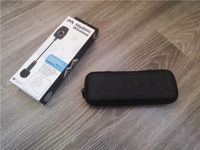 Husa din cutia microfonului Antlion Audio ModMic Wireless