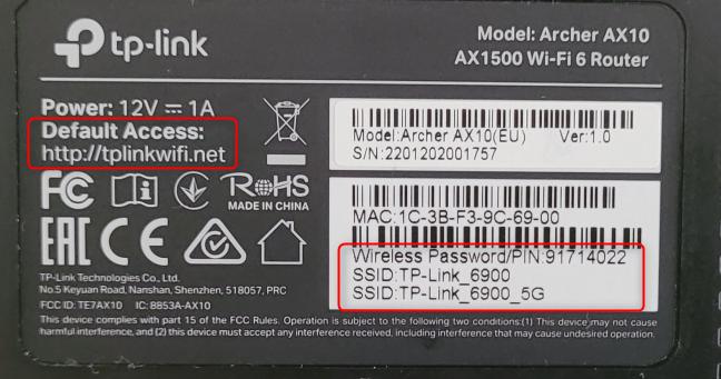 Vezi detaliile de pe abțibidul lipit sub routerul TP-Link