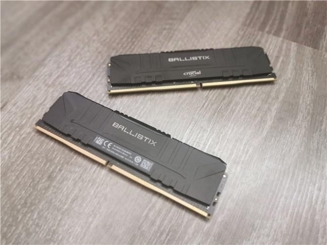 Modulele de RAM Crucial Ballistix Gaming Memory DDR4-3600 32GB