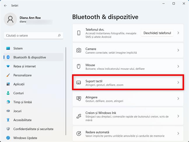 Poți dezactiva touchpadul din Windows 11 din setările Suport tactil