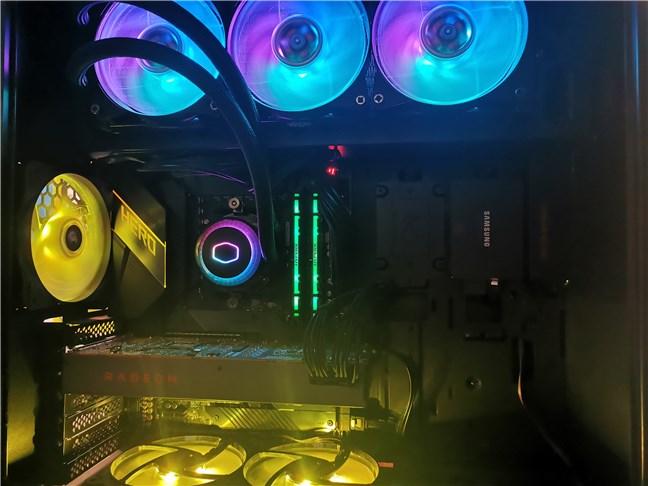 Multe componente de PC (placă de bază, placă video etc.) au nevoie de firmware