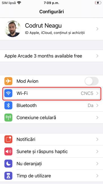 În Configurările iPhone-ului, apasă pe Wi-Fi