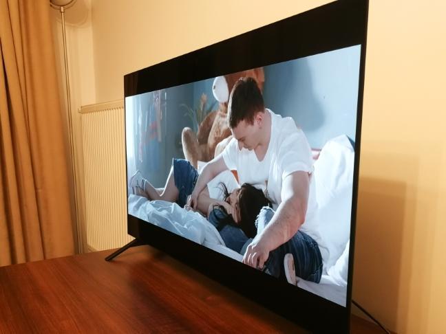 Vedere a televizorului la un unghi mai mare de 45 de grade