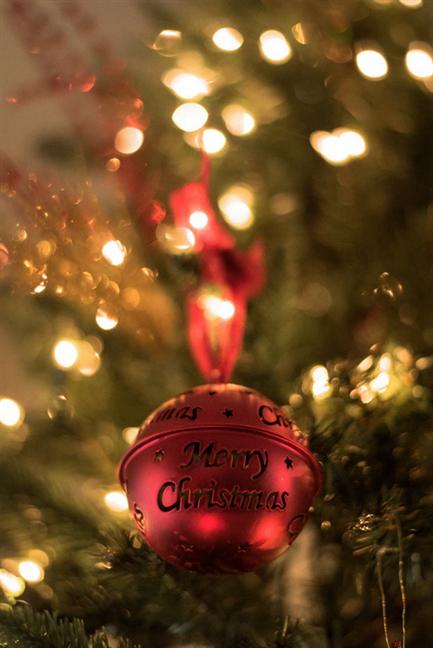 Glob roșu Merry Christmas (Crăciun fericit)
