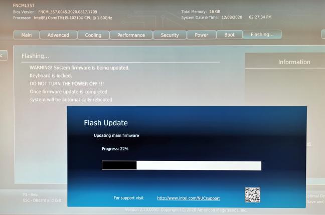 Actualizare de firmware pe Intel NUC10i5FNH